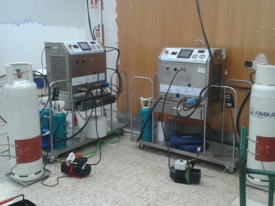 Reinigung von Ölen und Säuren in einem Supermarkt in Madrid